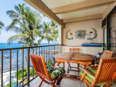 Photo for Stunning condo with oceanfront lanai, full kitchen, shared pool, hot tub & boogie boards- WiFi included