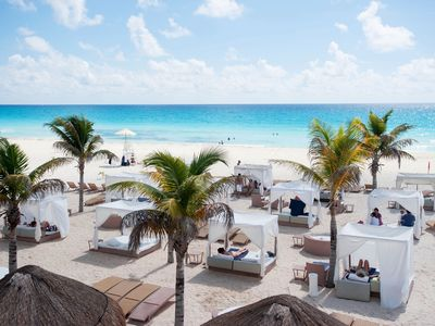 Photo for Cancun Sunset Royal Beach Resort w/ ALL inclusive, Unlimited Food and Beverages)