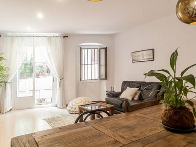 Photo for Apartment in the centre of Barcelona, moments from Plaça Catalunya