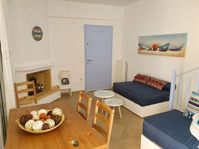 Photo for Three-bedroom Private Maisonette with Sea View