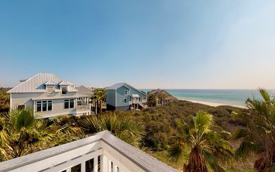 Photo for Seashell Castle - Last Minute Special, Gulf Views, Gated Community with Pool