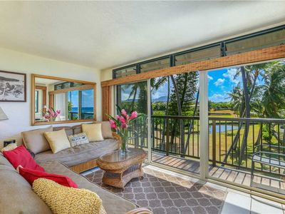 Photo for Sip on your coffee from this ocean view lanai!