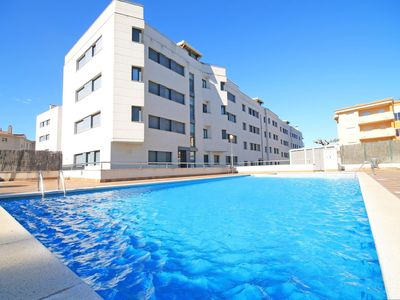 Photo for Nina: Apartment with communal pool and terrace 200m from the beach