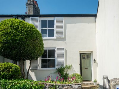 Photo for 2 bedroom Cottage in Charmouth - DC014