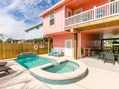 Photo for The Pink Palm: PRIVATE Pool, Golf Cart 6 seat, Close to Beach