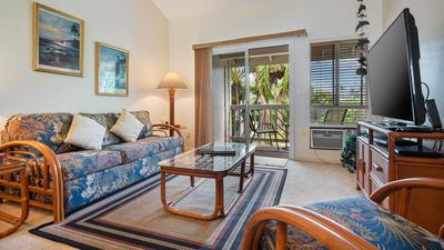 Top floor condo near Kona Town