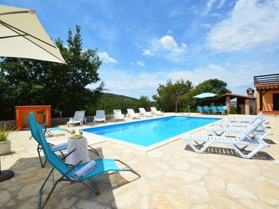 Photo for One bedroom Apartment, sleeps 4 in Bilice with Pool, Air Con and WiFi