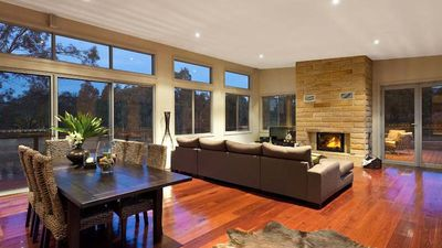Photo for Blue Cliff Retreat - Modern Country Home