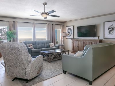 Beautifully Decorated Ocean Front Condo