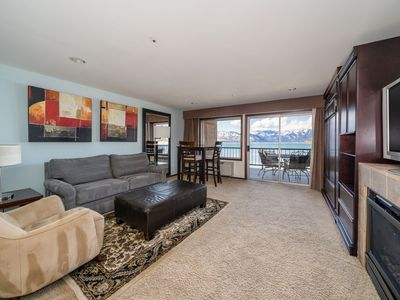 Photo for Grandview Lake View 206! Luxury Waterfront condo, sleeps up to 6!