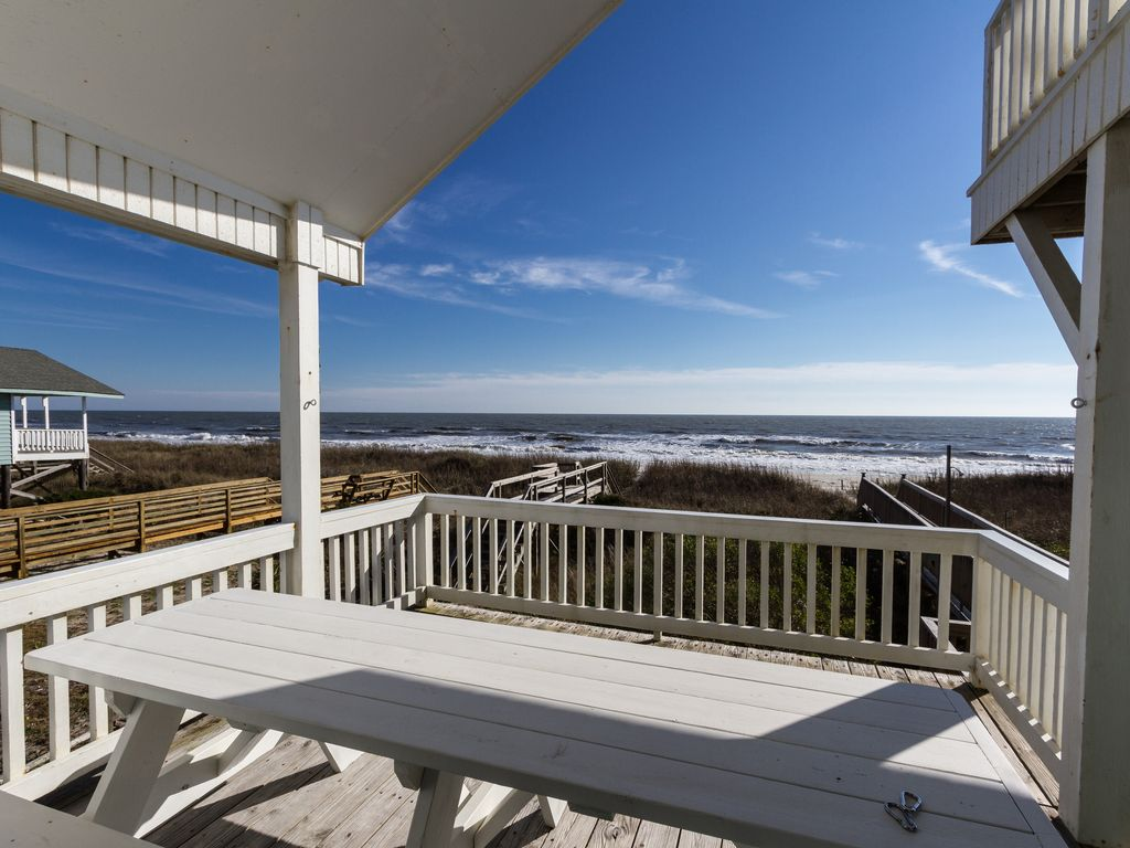 Gorgeous Remodeled 5 Br 4 Bth Oceanfront Home With Private Heated Pool Holden Beach North