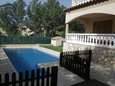 Photo for Comfortable house with private pool and free wifi 3.8km from the beaches