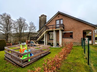 Photo for Spacious and well cared-for accommodation with garden, right in the Ardens
