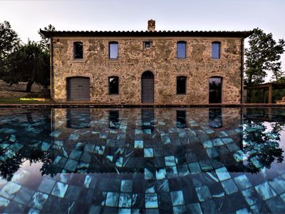 Photo for Wonderful luxury Villa in Val d'Orcia, near Montalcino