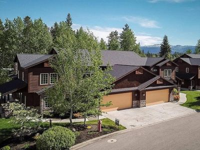 Photo for Little Bear Lodge - A/C, Walk to Downtown, Close to Payette Lake and Ponderosa Park