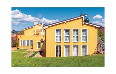 8 bedroom accommodation in Horovice