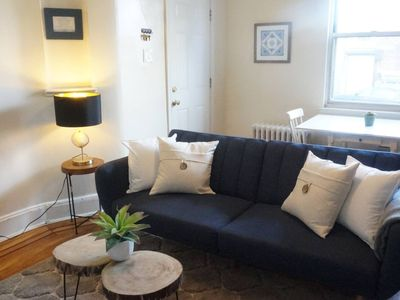 Photo for Fantastic 2 Bedroom 15 Minutes to Midtown