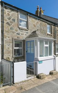 Photo for 85 Back Road East - Fisherman's Cottage in the heart of St Ives - Sleeps 4