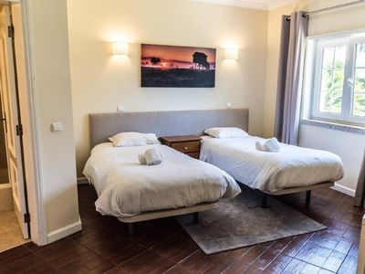 Photo for Albufeira Lounge Guesthouse - Twin room with private bathroom