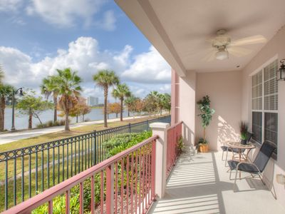 Photo for Lakefront Luxury