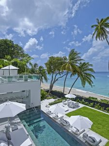 Photo for Footprints Main House: Luxury beachfront 6-bedroom villa with pool