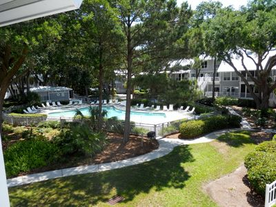 Photo for Perfectly wooded secluded end upper unit with additional space.