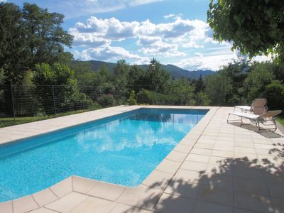 Photo for independent house with private pool, pets allowed.