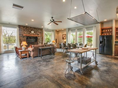 Photo for Large, updated home w/ fireplace, patio, & grill - close to Yosemite Nat'l Park!