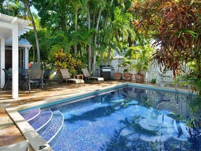 Key West Dreamin' ~ Downtown Location Near Duval Street with a Private Pool