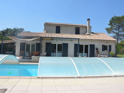 Photo for Large family villa Provence Luberon QUIET - PARADISE child REST Parents