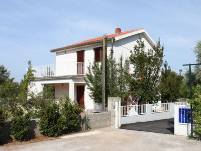 Photo for 1BR Apartment Vacation Rental in Starigrad-Paklenica