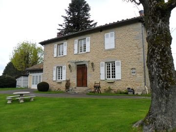 MANSION IN THE HEART OF PARK PILAT
