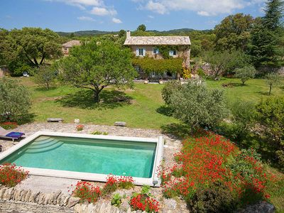 Photo for 2 bedroom Villa, sleeps 4 in Coustellet with Pool and WiFi