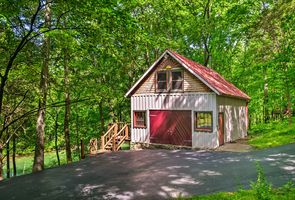 Photo for 2BR Cabin Vacation Rental in Scottsville, Kentucky