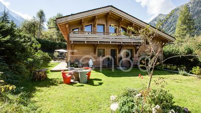 Photo for Chalet Weski - Four bedroom chalet in chamonix town with a pool
