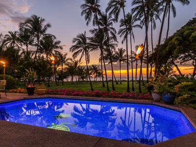 aloha nightly sunsets and AWESOME  oceanfont views,beathtaking.