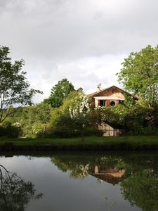 "Photo for Eco cottage ""In the Garden"" at the edge of the side channel of the Garonne and the greenway"