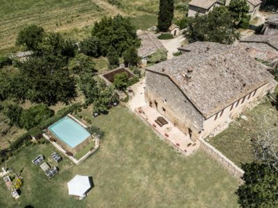 Photo for Agriturismo La Villa - Chesnut & Olive tree House, Tuscan countryside, Free wifi