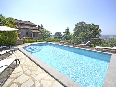 Photo for Wonderful private villa for 8 guests with WIFI, pool, TV, terrace, panoramic view and parking