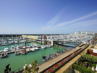 Photo for Britannia Harbour View: 2 bed, sleeps 4, parking, balcony, WiFi