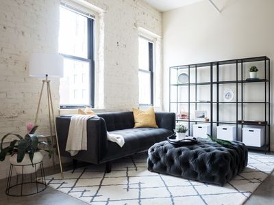 Photo for Cute Designer Loft in Heart of Downtown
