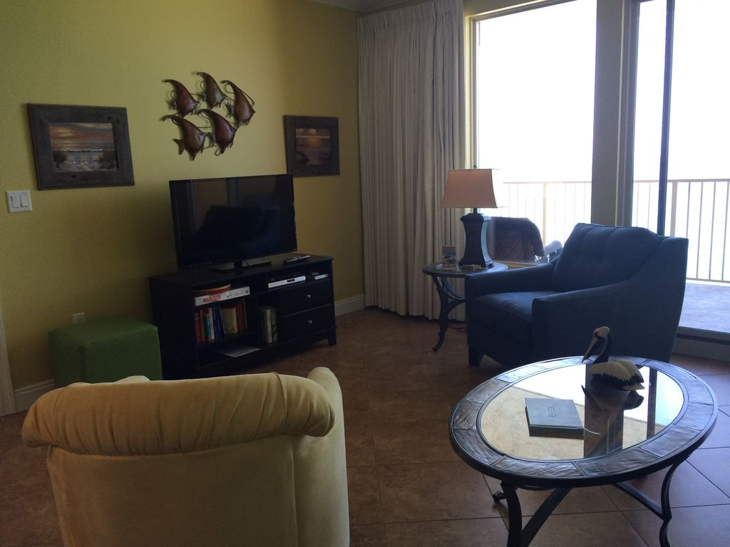 Living Room Furniture For By Owner Panama City Beach Holiday Condo Treasure Island 8th Floor Owner