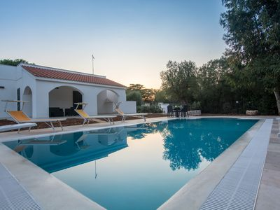 Photo for 5 bedroom Villa, sleeps 10 with Pool, FREE WiFi and Walk to Beach & Shops