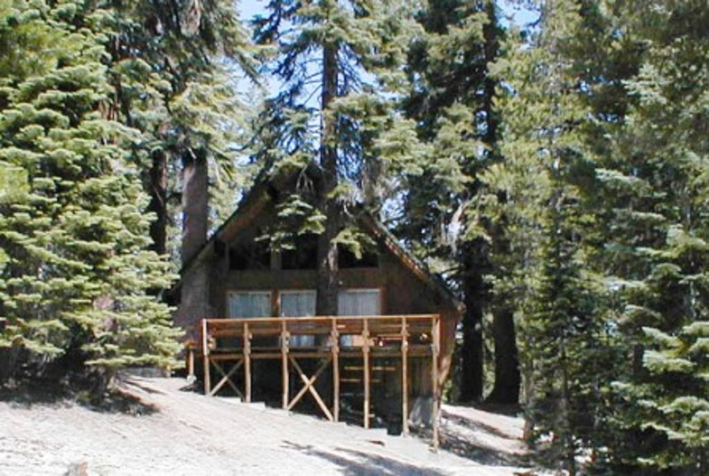 Ski In Ski Out Slope Side Cabin Chalet 22 3 Br Vacation Cabin For Rent In Mammoth Lakes