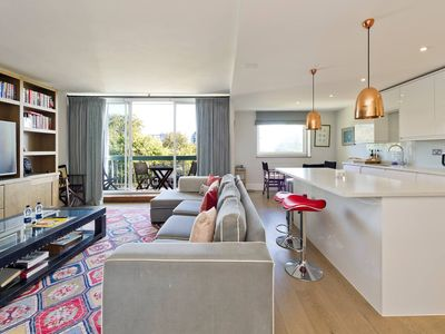 Photo for Bright 2-Bed Apartment in Fashionable Chelsea