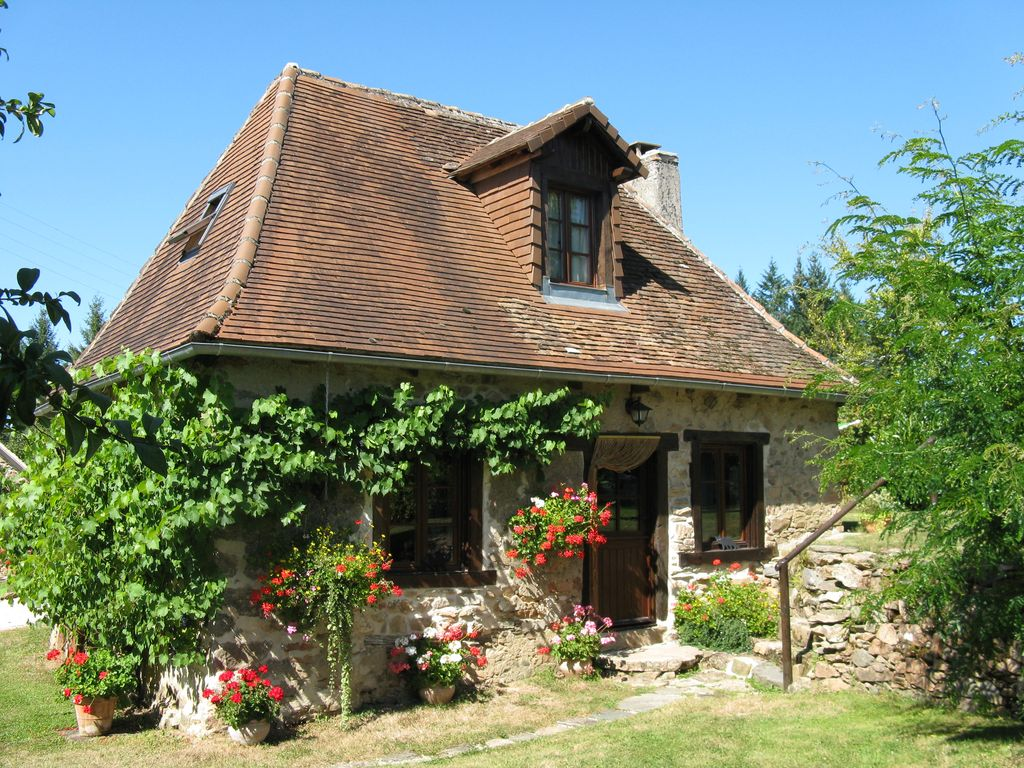 La petite chabrenas small delightful cottage in secluded hamlet of chabrenas 54887 - Rideaux maison de campagne ...