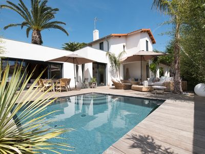Photo for CHARM AND COMFORT 100M FROM THE BEACH OF SAND IN THE CARRE D'OR DES LECQUES.