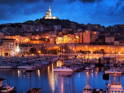 Photo for Marseille, very nice apartment 4 people at the foot of Notre Dame de la Garde.