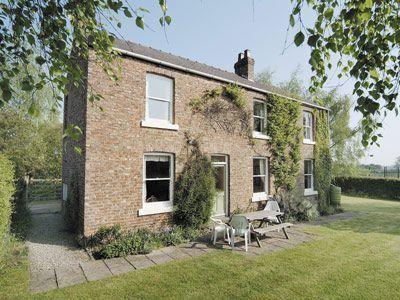 Photo for 3 bedroom property in Thirsk. Pet friendly.