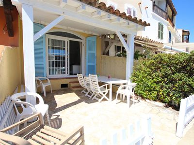 Photo for Renovated fisherman house with 2 terraces and a 16m-mooring